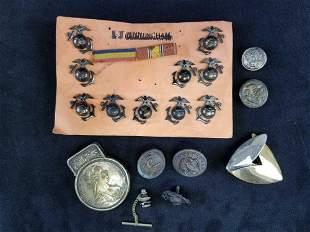 Lot of 20 Pieces WW2 USMC Eagle Globe Anchor Pins