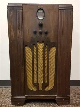 Antique 1935 Philco Model 623 F Radio