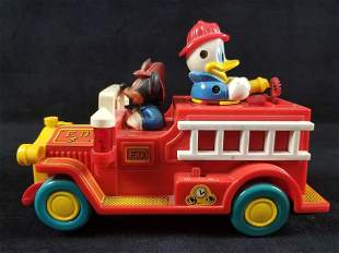 Vintage ILLCO USA Walt Disney Mickey Mouse Donald Duck