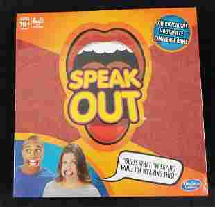 Speak Out Hasbro Board Game Mouthpiece
