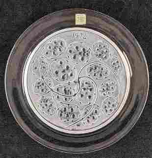 Lalique Crystal 1974 Annual Plate Silver Pennies A
