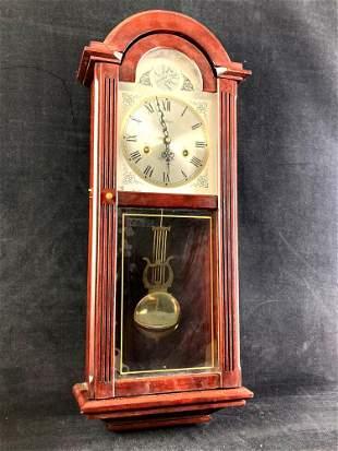 Tempuras Fugit Pendelum Clock
