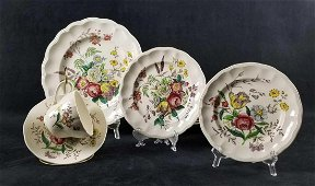Gainsborough by Spode Copeland Great Britain Dinnerset