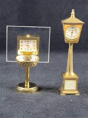 Minature Baskeball and Street Lamp Table Desk Top Clock