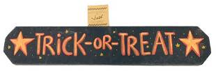 Cute Trick Or Treat Halloween Sign
