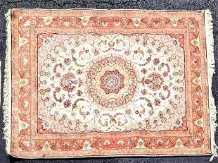 """Persian Style Rug 5'1"""" X 6' 9"""""""