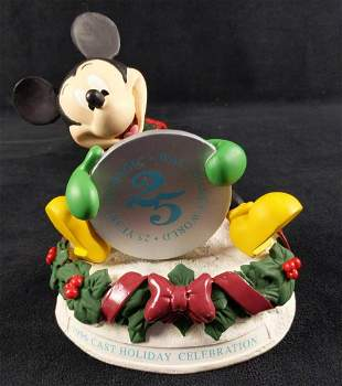 1996 Disney Cast Mickey Christmas Figure 25th Ann B