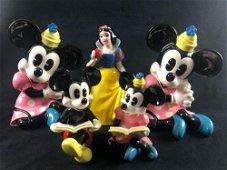 Vintage Disney Productions Japan Porcelain Snow White -