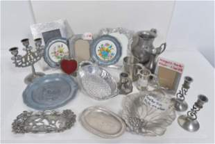 Mixed lot of pewter items