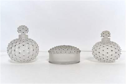 Lalique, René - Crystal vanity set, Nemours model