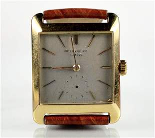 Patek Philippe - Square 18 kt watch