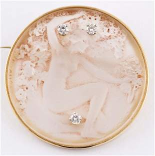 Lalique, René - Crystal Fioret brooch, gold and