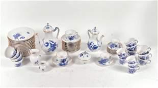 Royal Copenhagen - Porcelain dinner, tea and coffee set