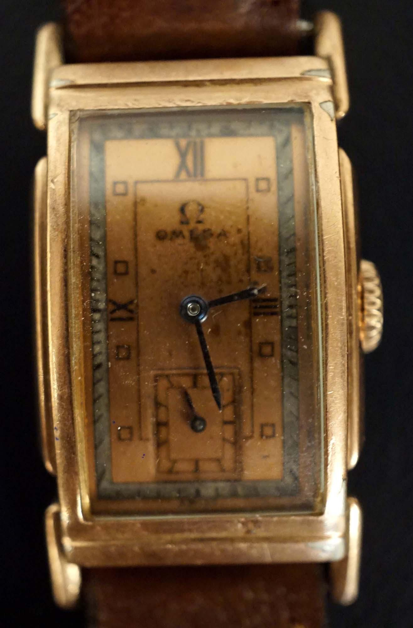 Omega - Pupitre Asymmetric watch - 1939