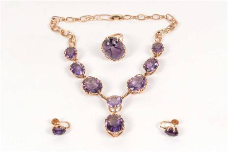 10 and 14K jewelry set set with amethysts