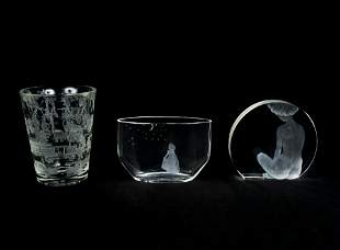 Scandinavian Glass Makers - Orrefors Glass vase with 2