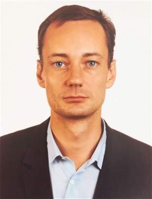 Thomas Ruff - Portrait of Josef Strau (Blue Eyes)