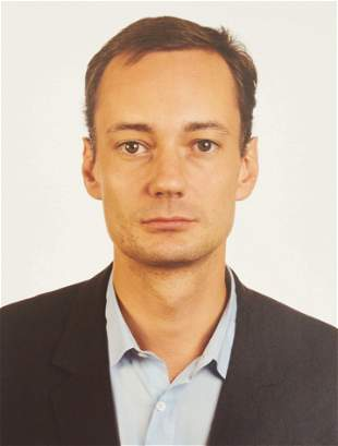 Thomas Ruff - Portrait of Josef Strau (Brown Eyes)