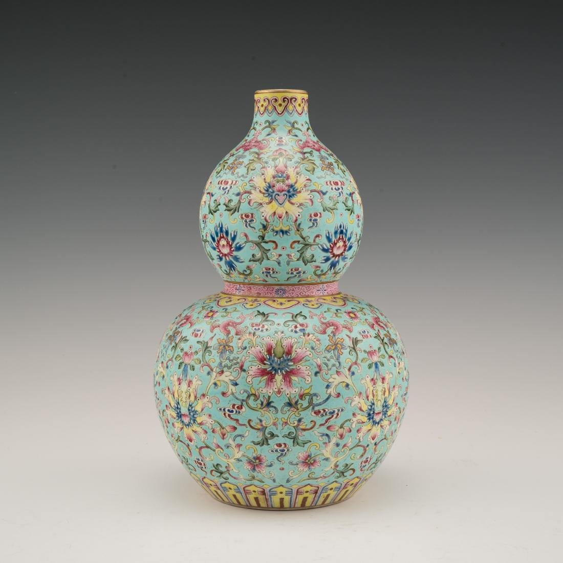 DAOGUANG POLYCHROME DOUBLE GOURD VASE