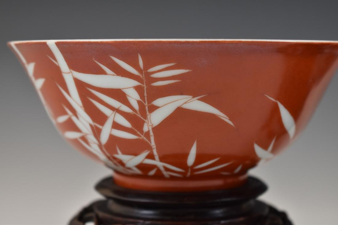PAIR OF BAMBOO RED BOWLS IN PROTECTIVE BOX - 9