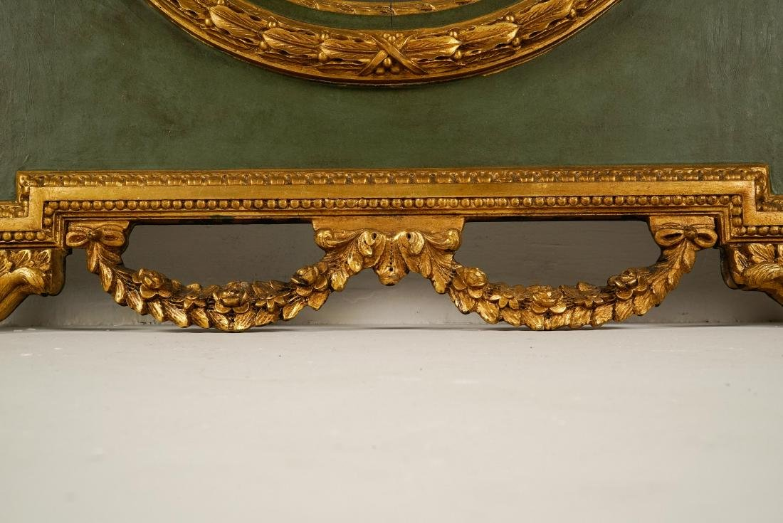 LARGE LOUIS XVI-STYLE CARVED GILTWOOD MIRROR - 7