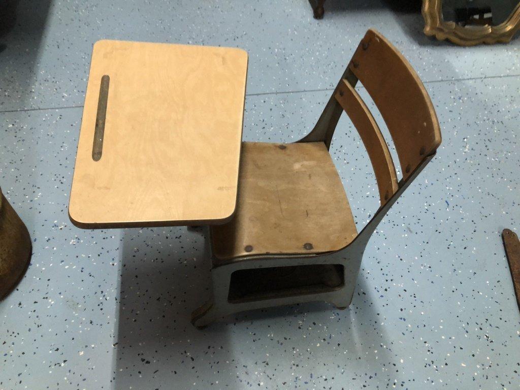 Crusader School Desk