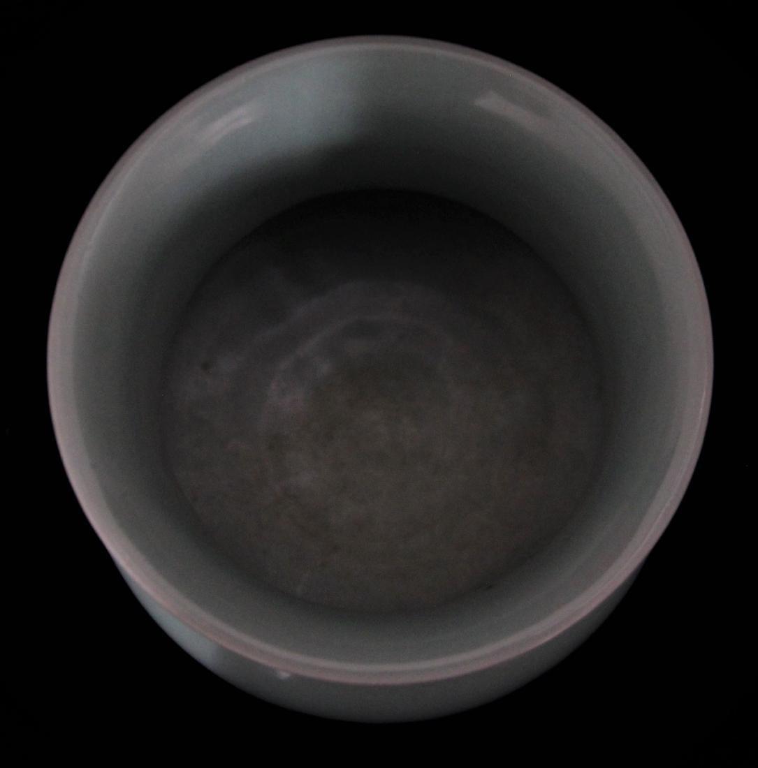 CELADON GLAZED SPITTOON - 2