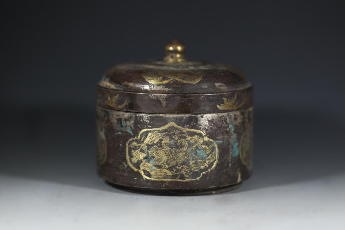 A GILT-BRONZE BOX - 2