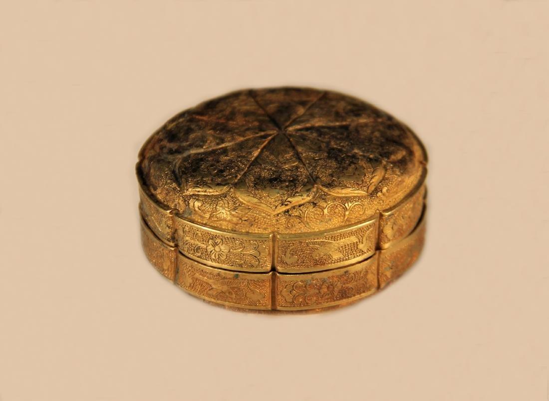 A Gold Powder Box - Han Dynasty - 4