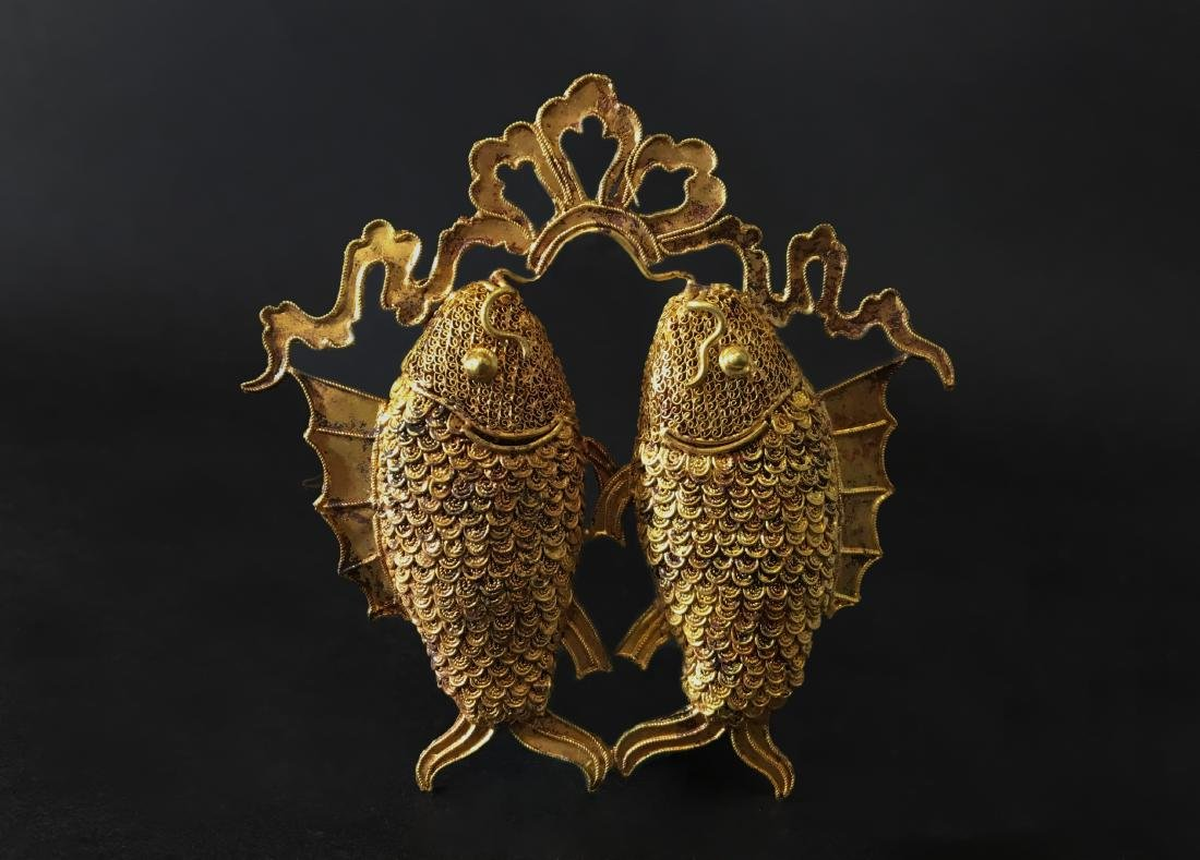 A Gold Carving Fish of Pendant - Ming Dynasty - 3