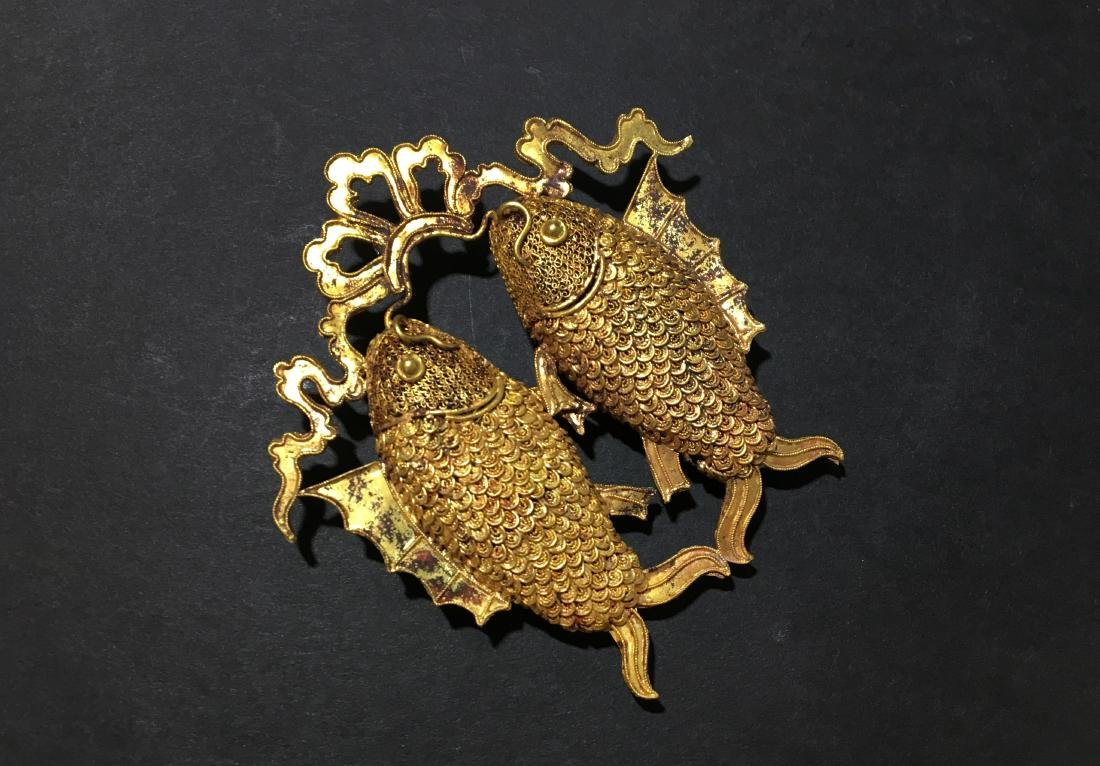 A Gold Carving Fish of Pendant - Ming Dynasty - 5