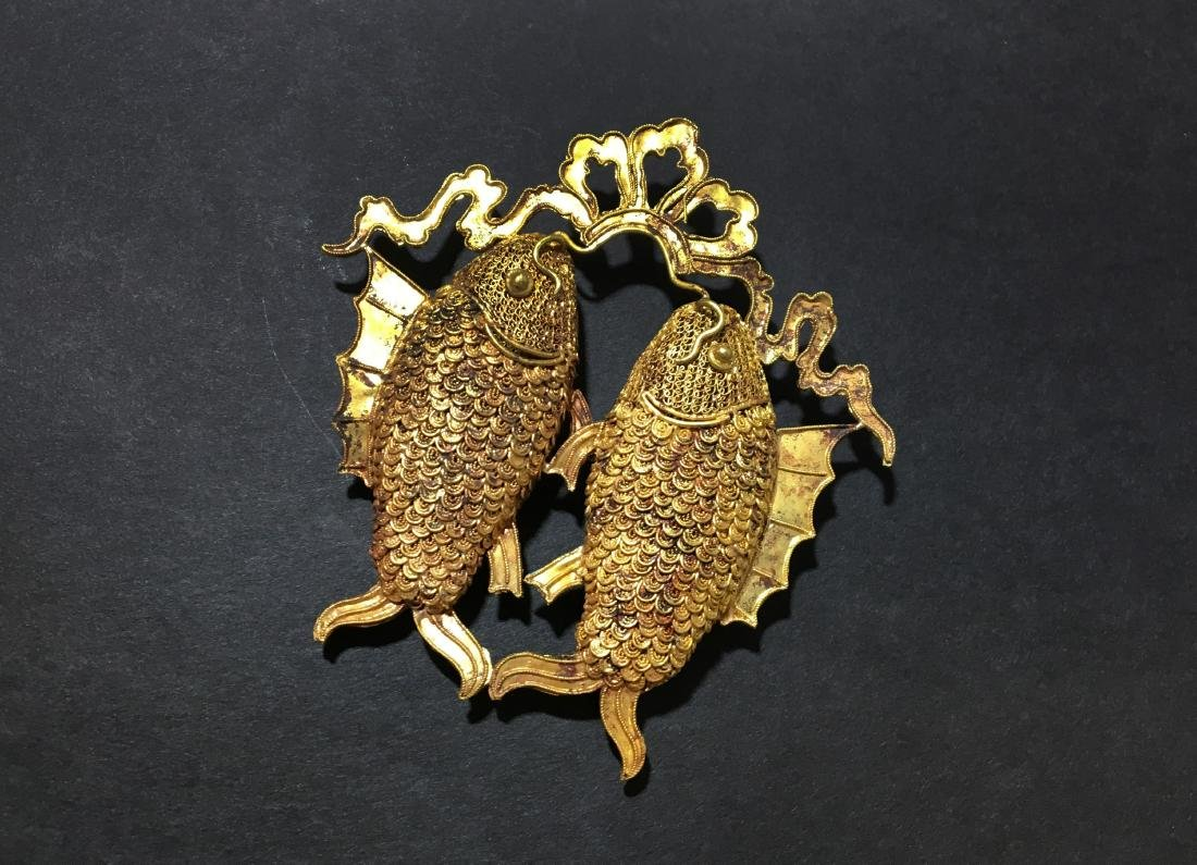 A Gold Carving Fish of Pendant - Ming Dynasty - 6