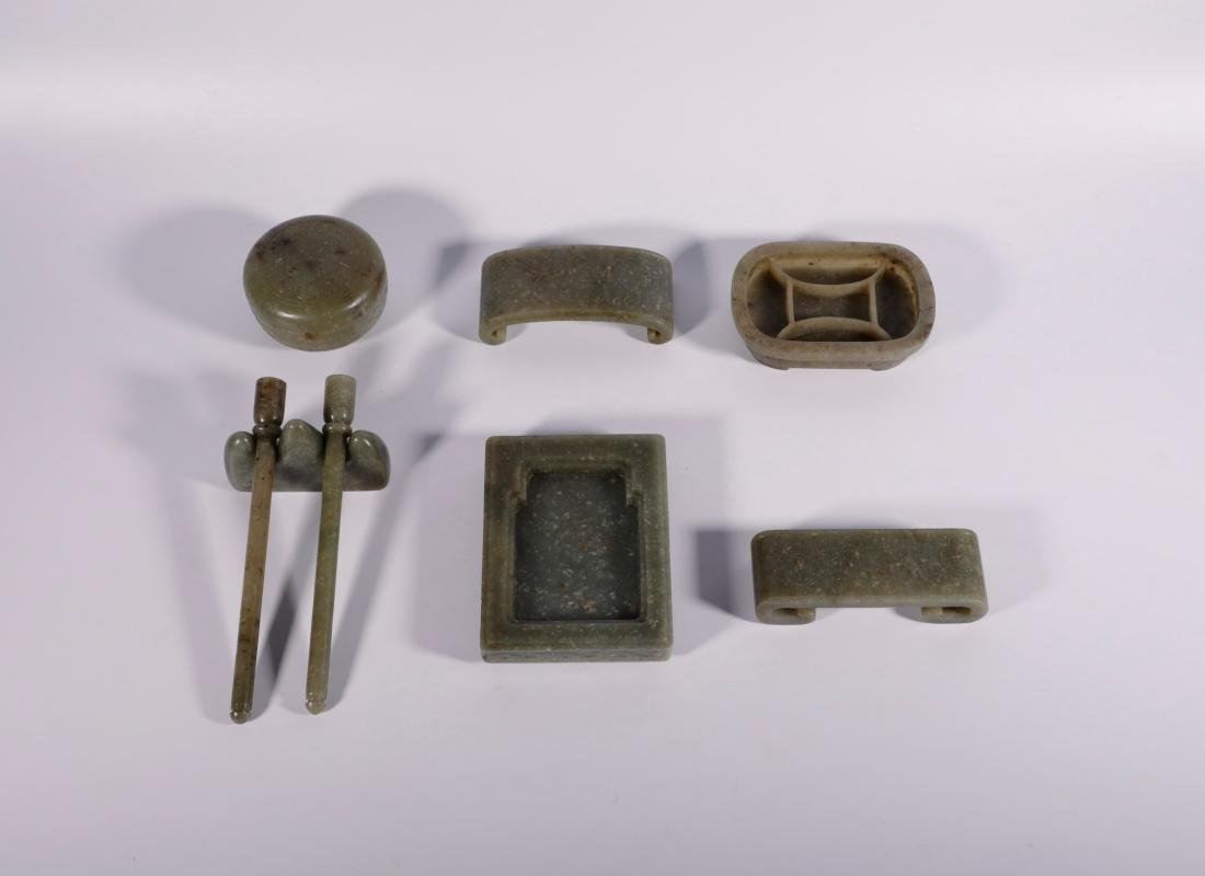 "Qing Dynasty - Set of 8 ""Hetian"" Jade Stationery - 2"