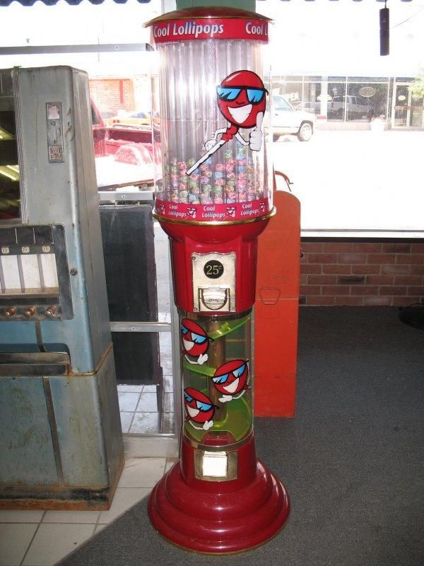 4: COOL LOLLIPOPS COIN-OP MACHINE