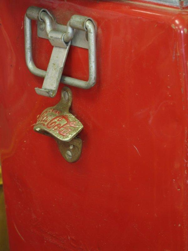 435: 1950s COCA-COLA CAVALIER PICNIC COOLER ICE CHEST - 6