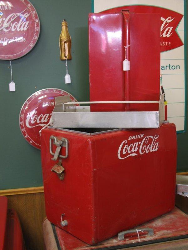 435: 1950s COCA-COLA CAVALIER PICNIC COOLER ICE CHEST - 7