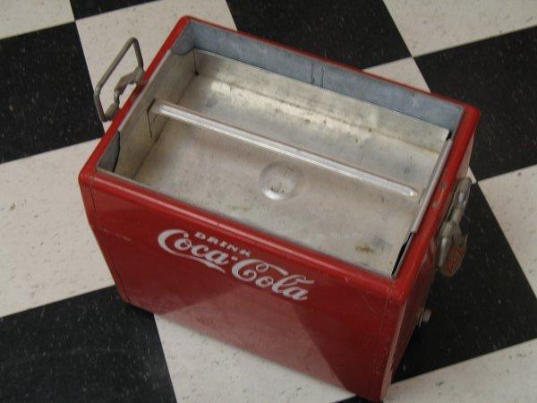 435: 1950s COCA-COLA CAVALIER PICNIC COOLER ICE CHEST - 8