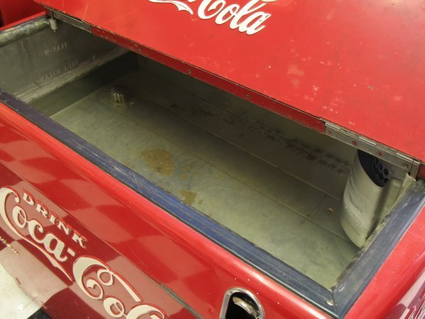 491: 1950s COCA-COLA WESTINGHOUSE WE6 SODA MACHINE - 4