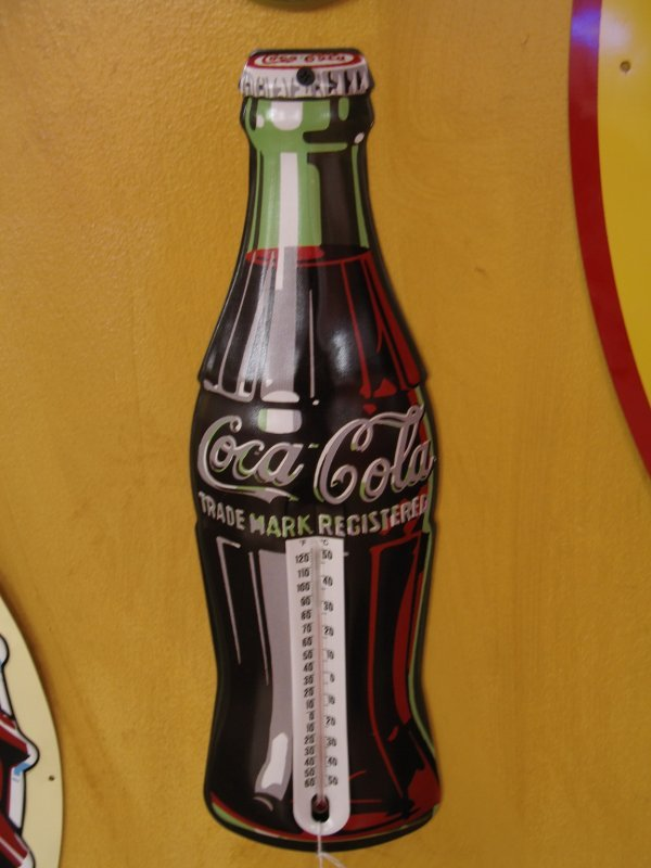 519: COCA-COLA BOTTLE THERMOMETER REPRODUCTION