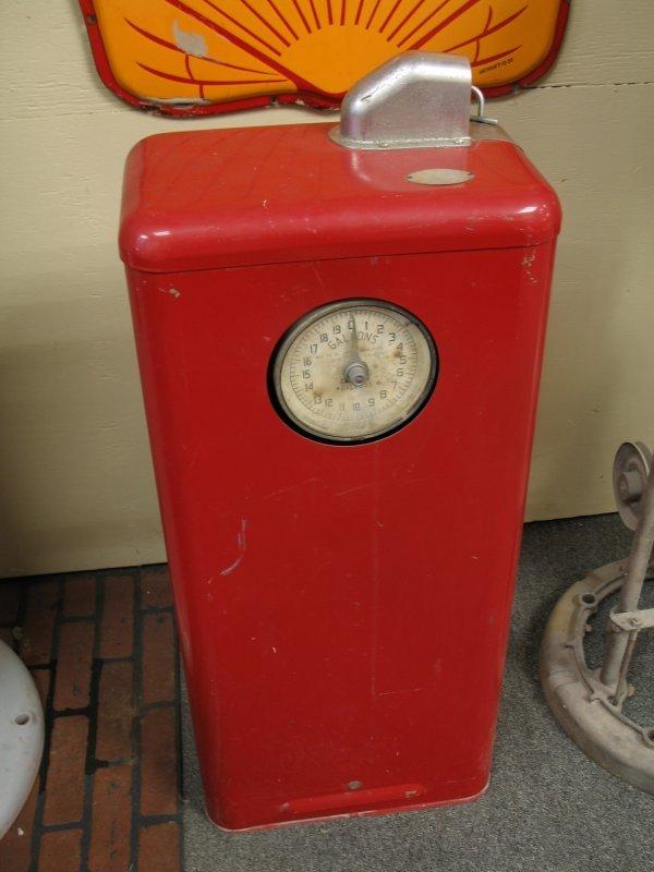 853: 1950s TOKHEIM MODEL 40 GAS BOY PUMP