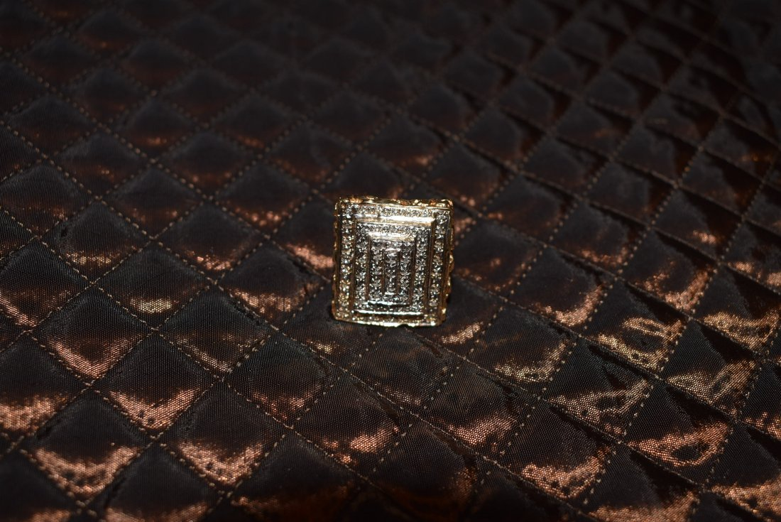 Large 14K Gold and Pave Diamond Ring - 2