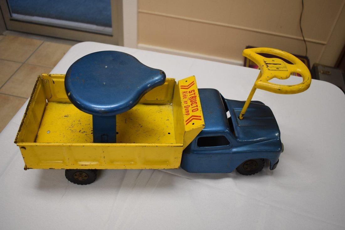 Structo Metal Toy Ride 'er Dump