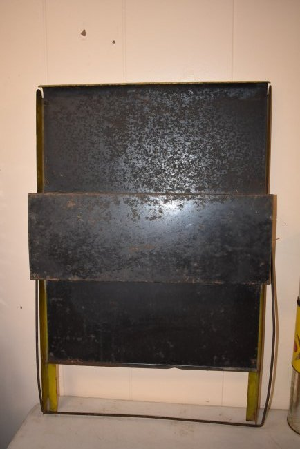 Vintage Casite Oil Store Display - 4