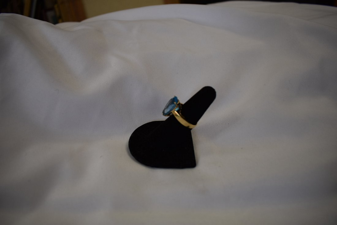 10K Gold and Blue Stone Ring - 2
