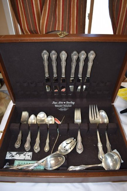 Set of Fine Arts Southern Colonial Sterling Flatware