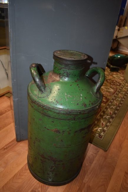Vintage Amoco 10 gal Oil Drum Can