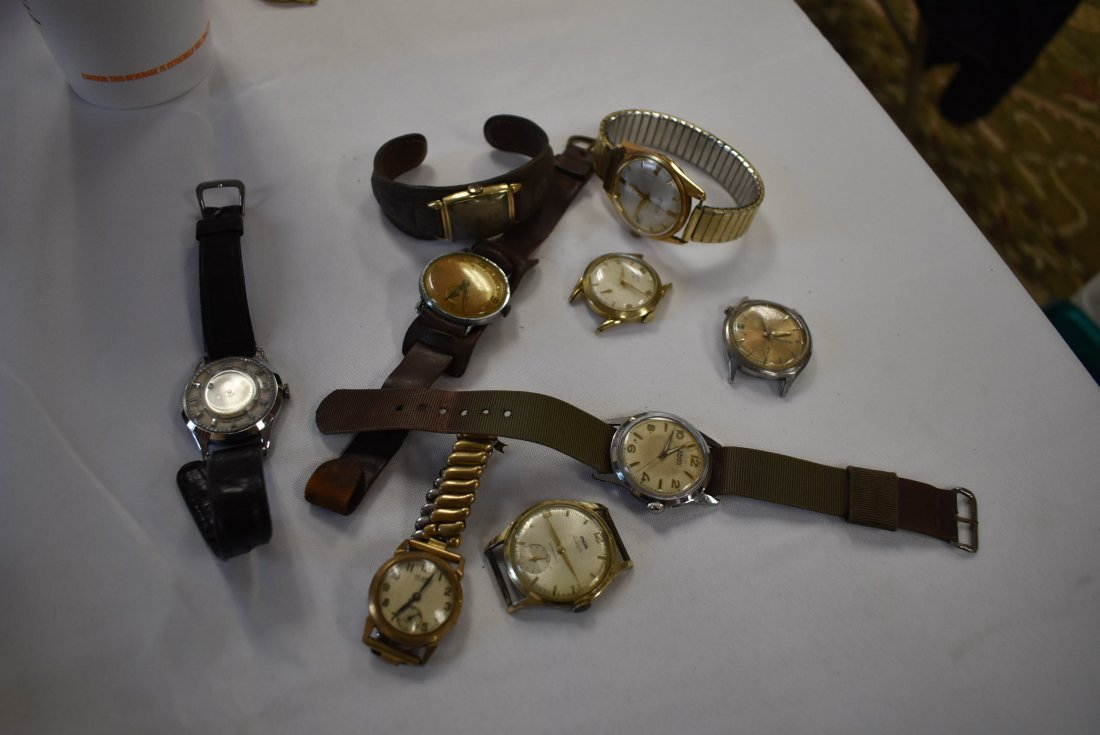 Lot of 9 Vintage Men's Watches