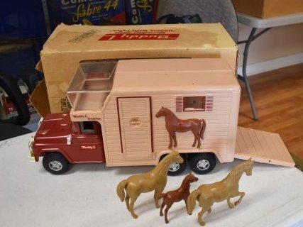 Buddy L Stables Horse Van