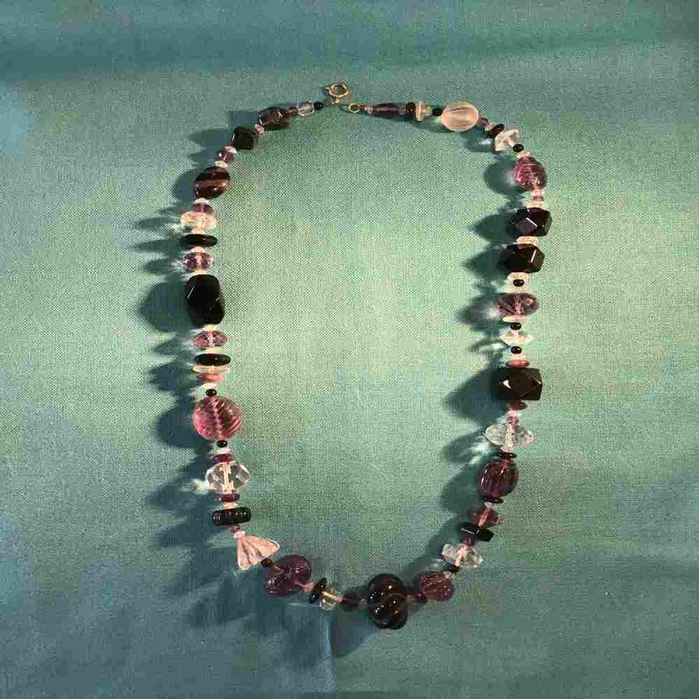 "34"" Amethyst Onyx & Rock Crystal necklace 14 K clasp"
