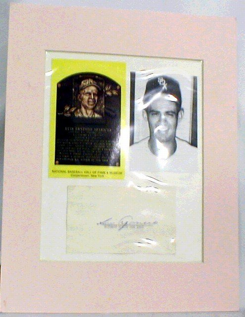 1004: HOF Luis Aparicio Matted Photograph, Autograph